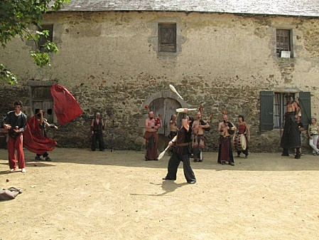Le-Marche-Medieval-de-St-Mesmin 2858