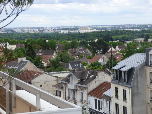 Vues de ma terrasse au sud et à l'est.