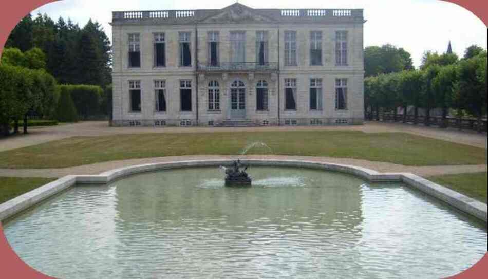 Bouges le Château dans l'Indre.