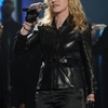 Madonna @ Hope For Haiti - 22.01 (2).jpg
