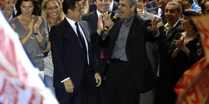 Mon pauvre Enrico ne vous plaignez pas si vous ne pouvez plus retourner en Algérie, je connais des Pieds-Noirs qui ont tourné la page depus longtemps