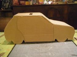 urne en carton voiture 205 cote k 39 dre. Black Bedroom Furniture Sets. Home Design Ideas