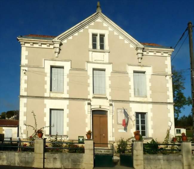 Mairie de Boresse-et-Martron - Boresse-et-Martron (17270) - Crédit photo: Jack ma