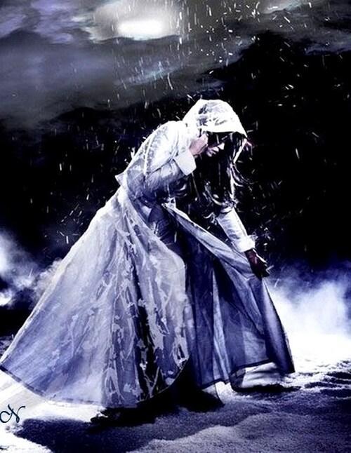 Il pleut dehors comme dans le coeur...