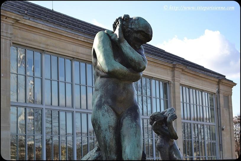 Jardin des Tuileries : Eve, oeuvre d'Auguste Rodin