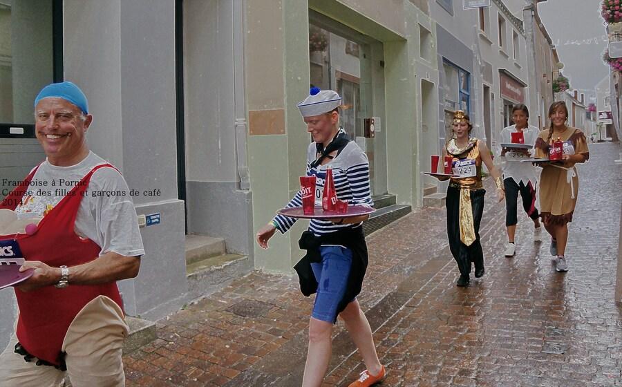 Course des filles et garçons de café à Pornic - 2014 -