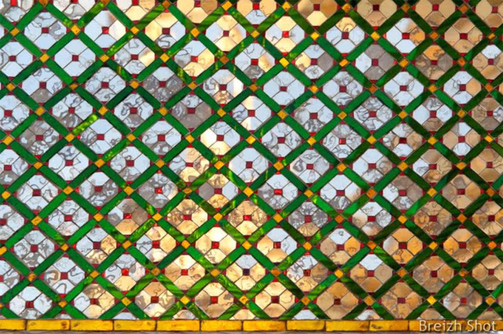 Grand Palais de Bangkok :   Détails de mosaïques