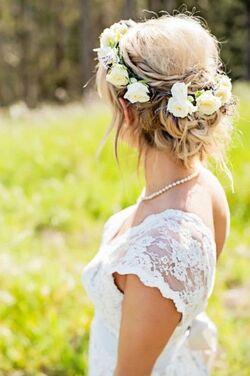 coiffure avec fleure