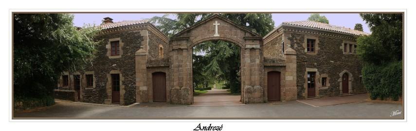 Devant-abbaye.jpg