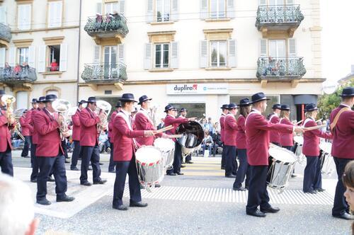 photos de ma sortie Dimanche a la fête des Vendanges  a Neuchatel (en Suisse)