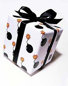 paquet-cadeau-humour-bombe.jpg