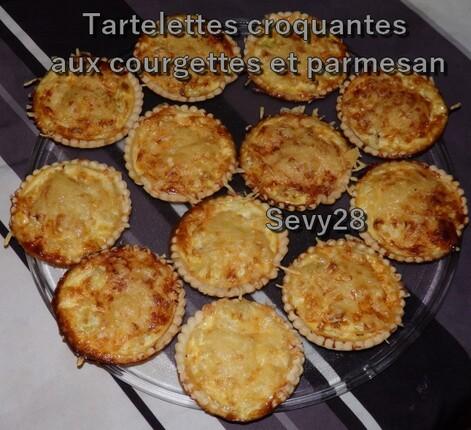 Tartelettes croquantes aux courgettes et parmesan