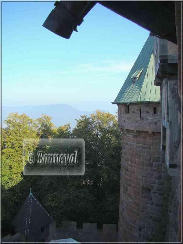Haut Koenigsbourg le Grand Bastion tour nord et les Vosges