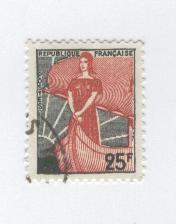 marianne-a-la-nef-1216.jpg