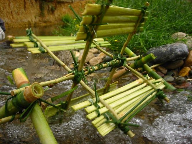 moulin à eau en bambou - blognature.fr