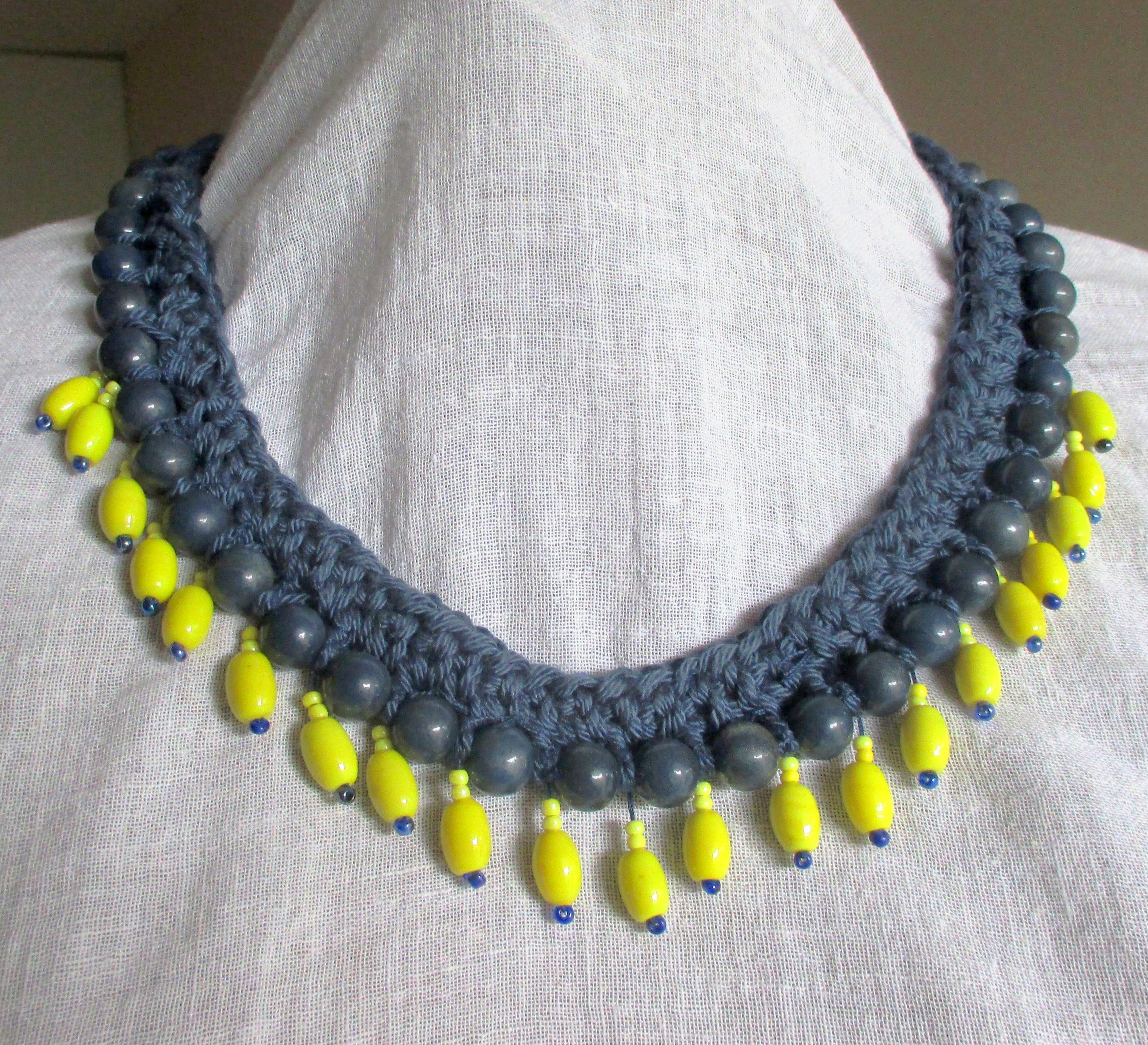 Le collier customis au crochet 103 id es de joline - Idee de collier a faire soi meme ...