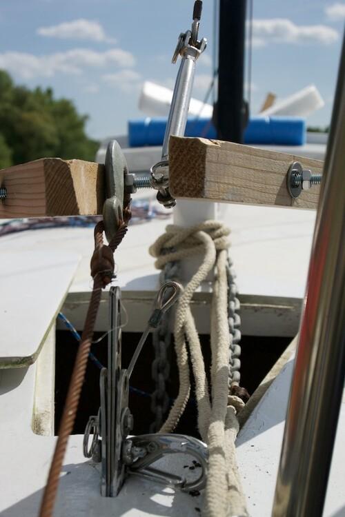 Une chèvre artisanale pour mâter votre Figaro 5
