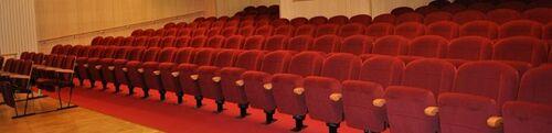 theatre de st maur .
