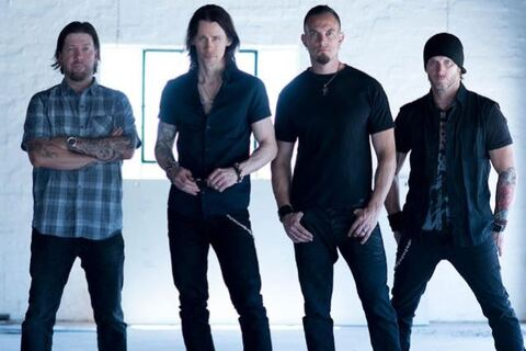 ALTER BRIDGE - Cradle To The Grave (Clip)