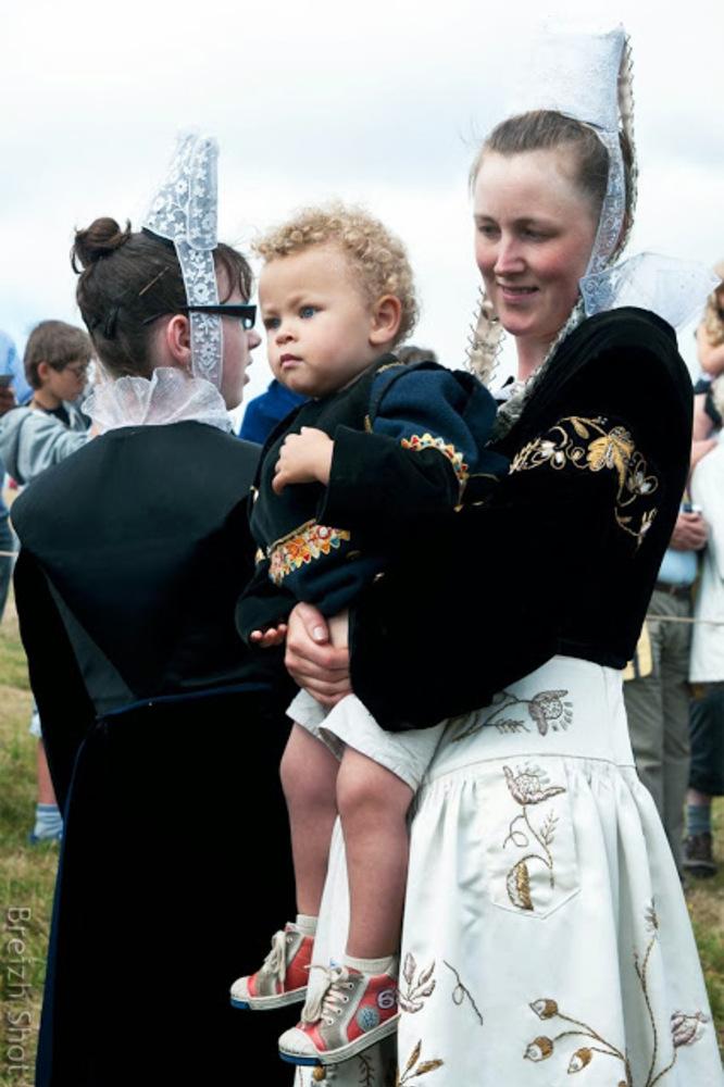 Sainte-Anne la Palud : Maman et bébé Glazik