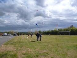 Photos du 22 04 07 Cerf volants Poème et QI Gong