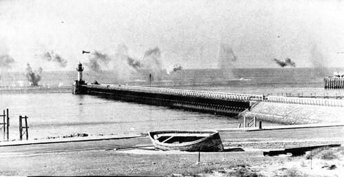 Les avions de chasse allemand mitraillaient Calais