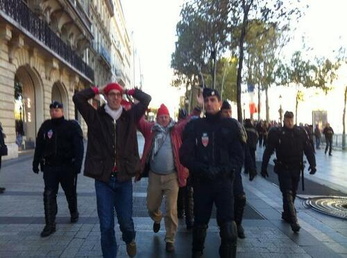 """François Hollande hué : """"Le 11 novembre ... le bon jour pour manifester ? """""""