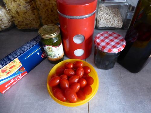 Des Spaghettis au Pesto et Tomates cerise