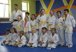 Remise des diplômes et ceintures aux judokas