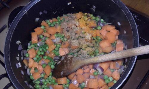 Butternut farcie au riz et petits légumes{Vegan}
