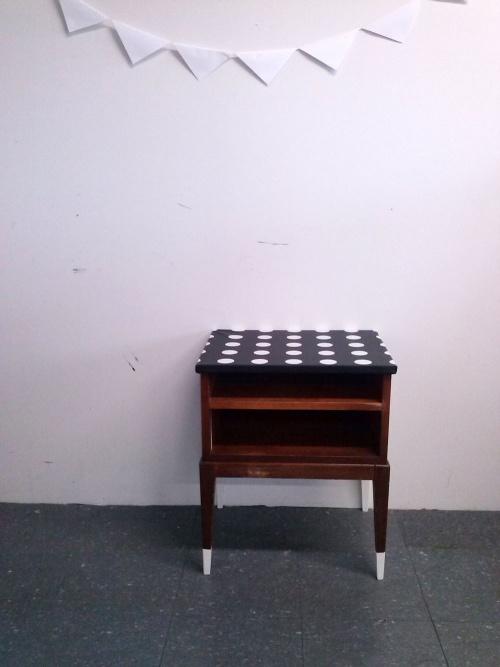 Collection NATURAL : la console en toile cirée noire et gros pois
