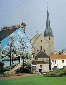 220px-Peinture murale par Raphaël Toussaint