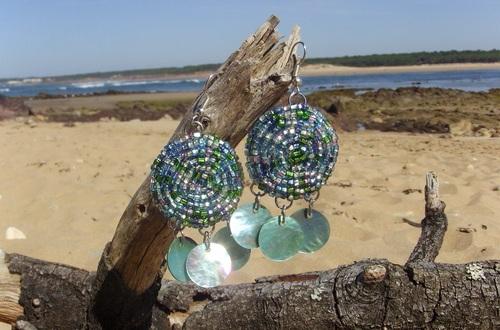 Parure de bijoux bord de mer réalisée en perles de rocailles