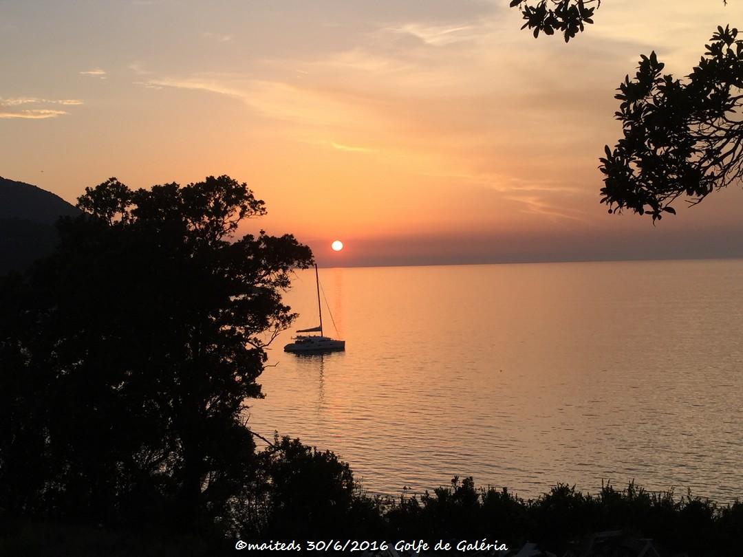 Coucher de soleil sur le golfe de Galéria