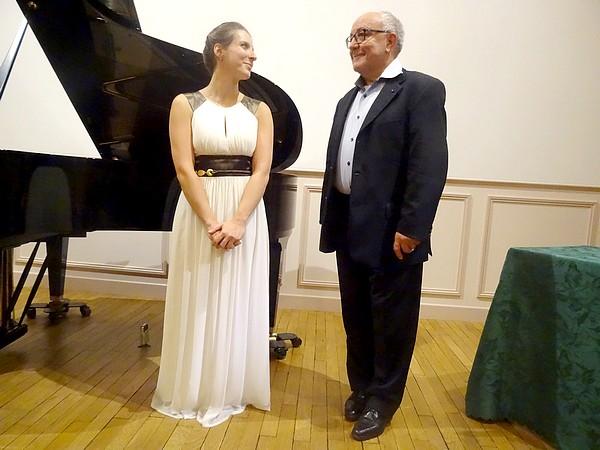 Natacha Melkonian, concertiste, et l'écrivain Michel Lagrange, ont offert au public un magnifique concert poétique et musical