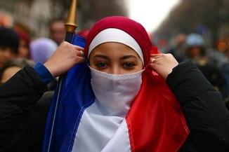 Et Manu créa un Islam à la Française ...