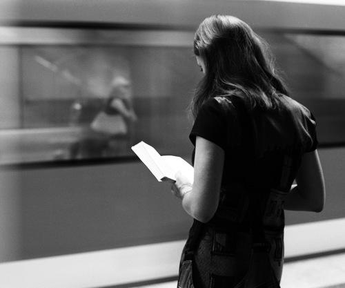 2 - Jeunes filles lisant- Photographies suite