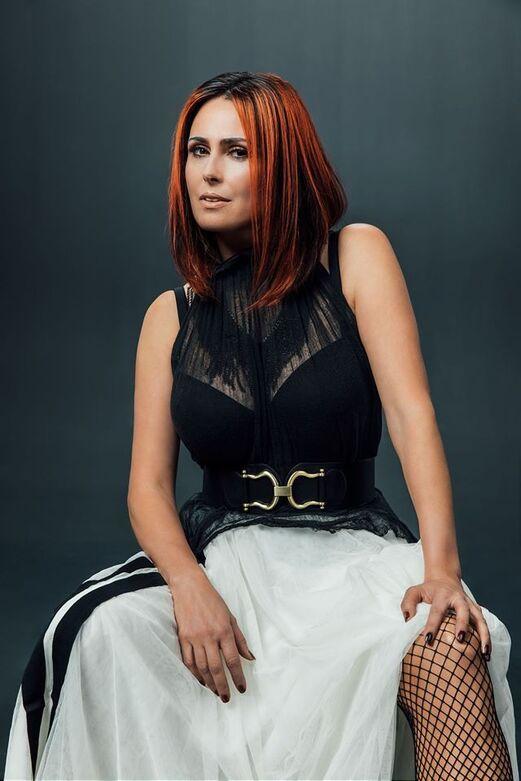39 idées de Sharon den adel en 2021 | pop rock, metal symphonique, chanteur