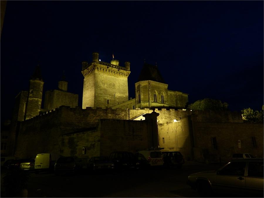 le soir à UZES dans le Gard (3)