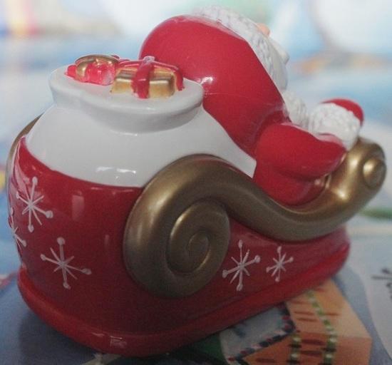 """Le voyage du Père Noël : avec un traîneau à remonter et 4 pistes """"Jeunesse"""""""