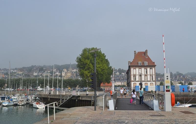 Deauville : Port Morny, Le Port Municipal