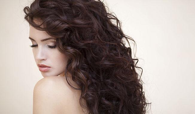 cheveux bouclés sublime