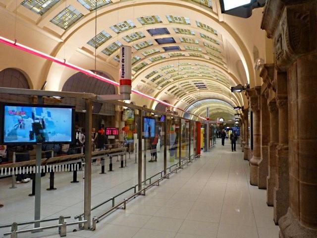 Gare de Metz Hall Départ - 29 05 10 - 33