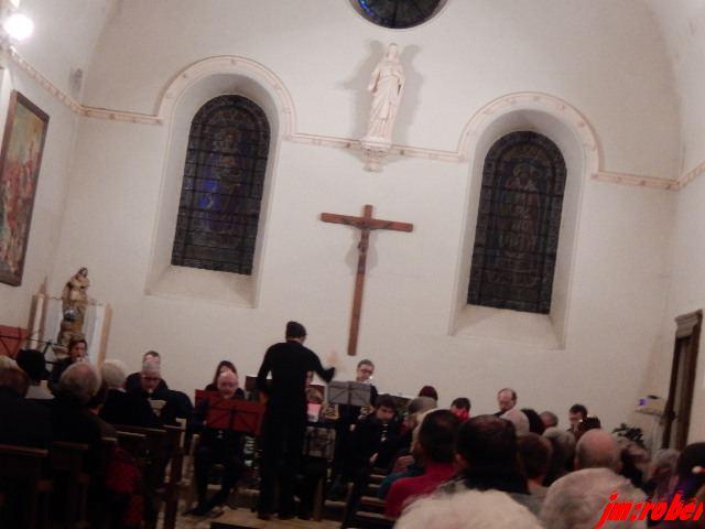 Condat/vienne :Concert de Noël son église avec la chorale Symphonia