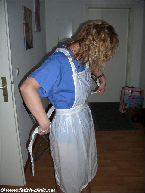 Ces infirmières portant un tablier