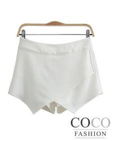 Blanc branchés Hanky Shorts style coréen avec Flappy avant