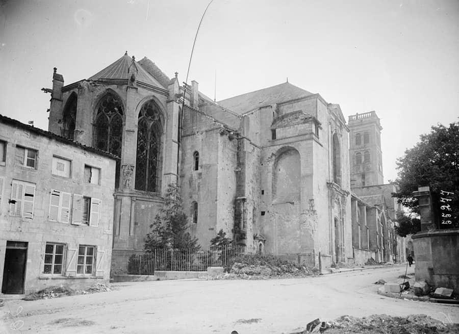 Verdun, la cathédrale Notre-Dame après les bombardements - Source Gallica (BnF)