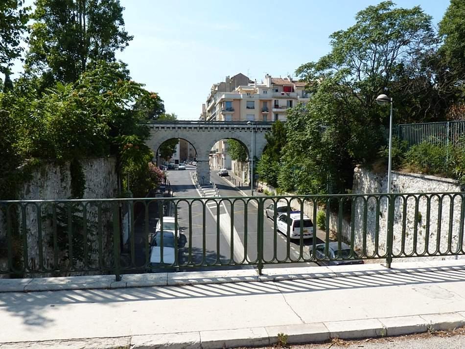 Marseille le jardin zoologique provence et ailleurs for Le jardin zoologique