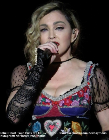 Rebel Heart Tour - 2015 12 09 Paris (28)