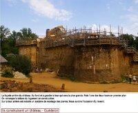 GUEDELON - Ils ont bâti un château-fort (89)